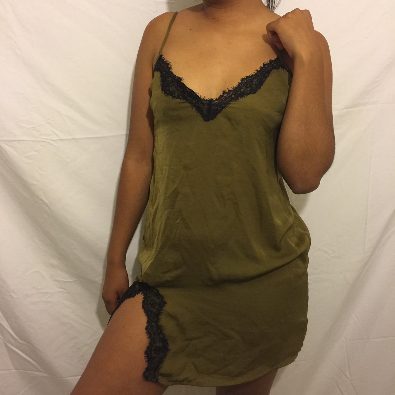 7179707b3587 URBAN OUTFITTERS! barely worn, like new olive green slip, a - Depop