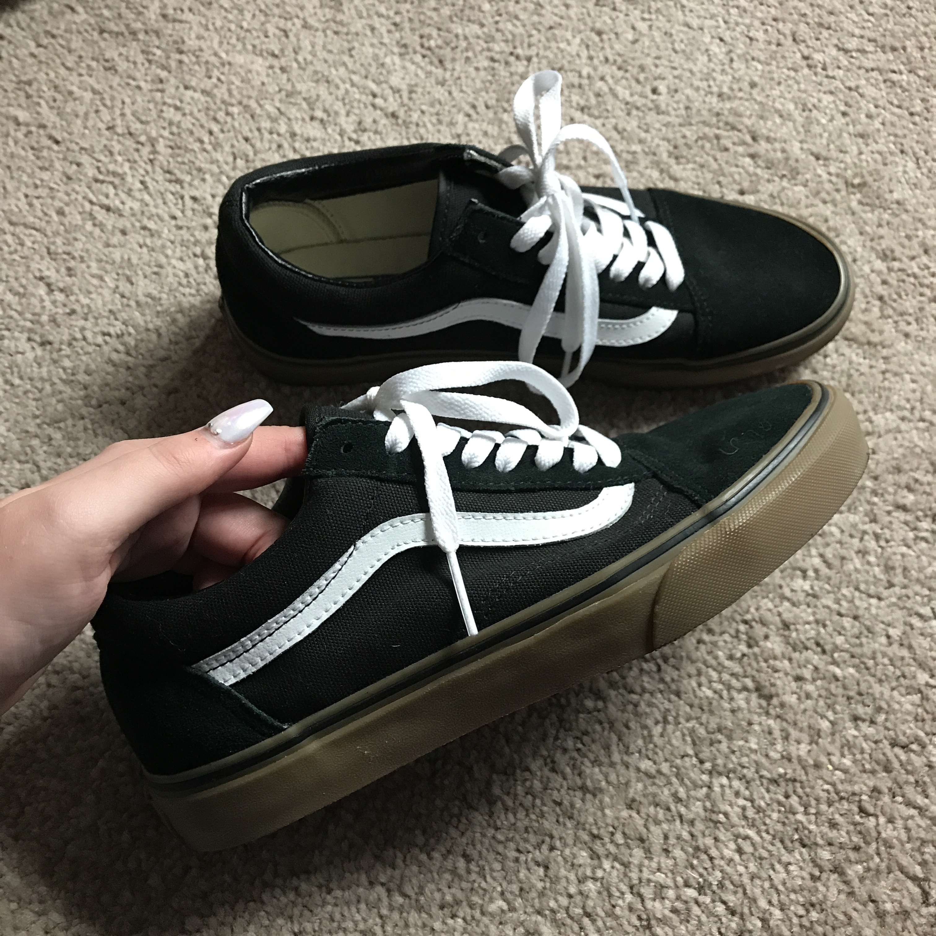 BRAND NEW Vans Old Skool Black with Gum sole. Size