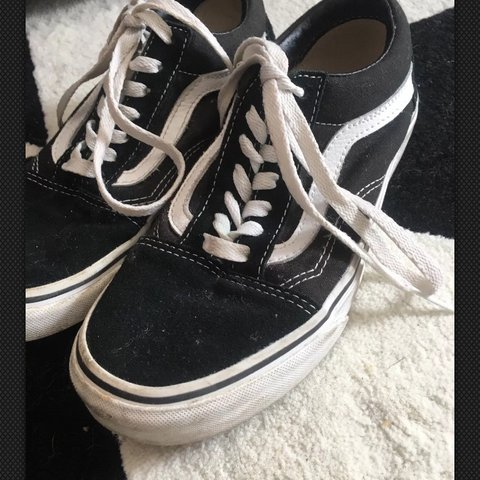 5aab513011602b Vans Old Skool size 4 Only worn a few times