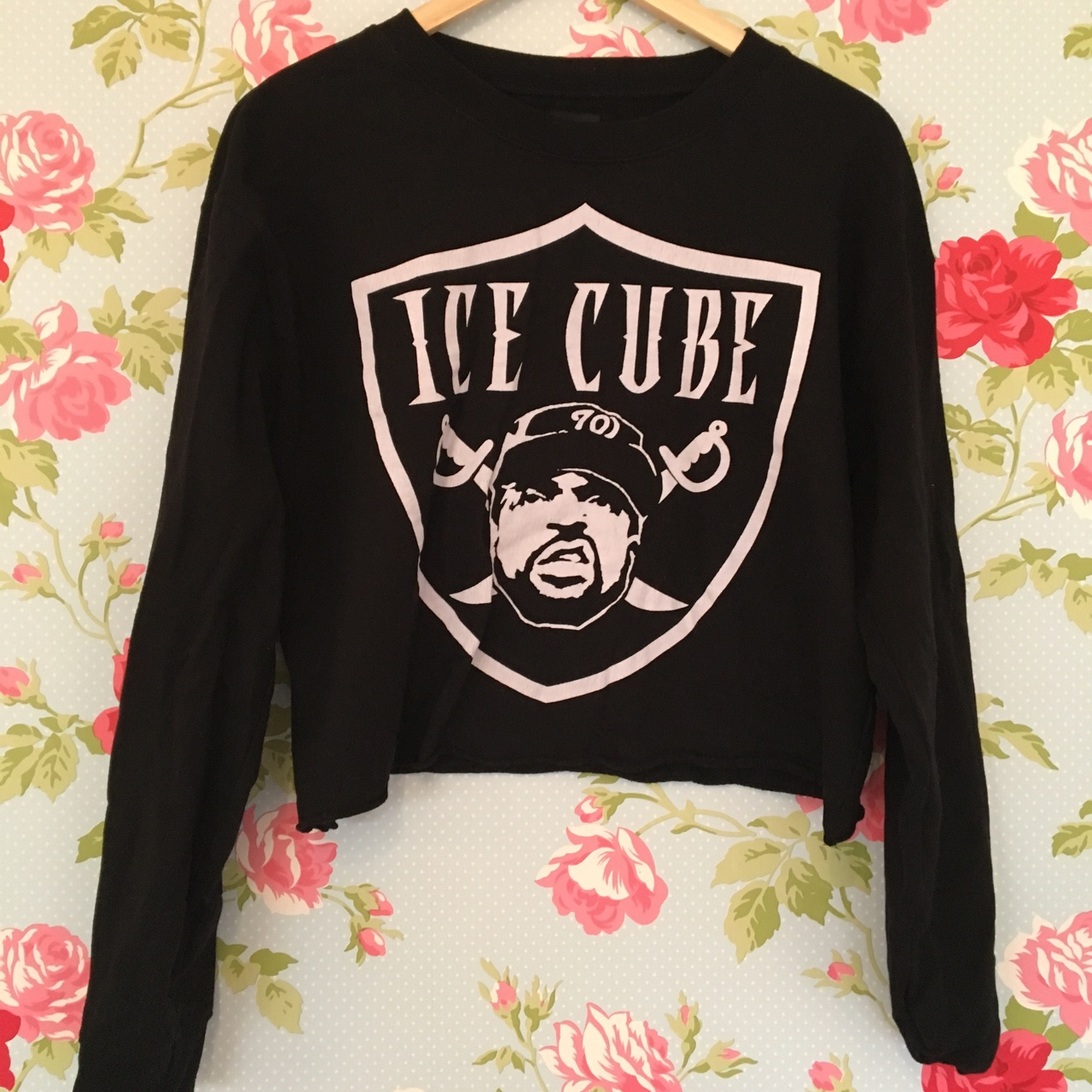 Forever 21 Ice Cube Black Cropped Sweatshirt Size Depop