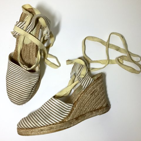 d308abc8096 GAP  espadrille  wedges. MY FAVORITE SHOES EVER. has some - Depop