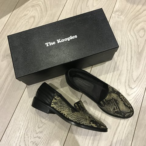 45f986a46a8 @ciaraluisa. 8 months ago. Dublin, Ireland. The kooples slippers- black  leather and python. Size 36.