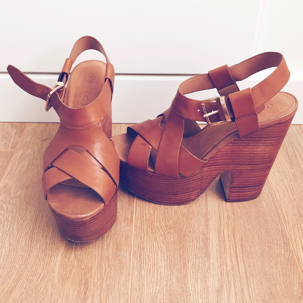 943d1efc4a047e Tanned heels from office worn a few times and have a few depop jpg  1280x1280 Tanned