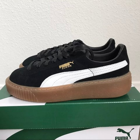 WOMENS PUMA SUEDE PLATFORM CORE BLACK WHITE GUM NEW WITH 6 - Depop 33fb34605