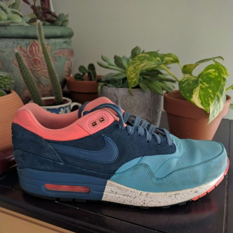 a98f16bc24f Colorful Nikes that are super comfy and unique! They have - Depop