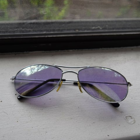 2d8cc092a391 Vintage purple tinted sunglasses. Reflects green in the is a - Depop