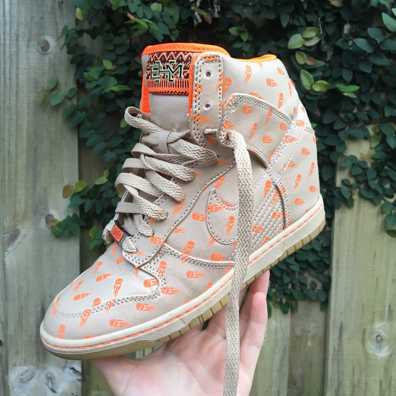 Women s Nike Dunk Sky Hi Black History Month QS. Absolutely - Depop 4b41f2ae2a