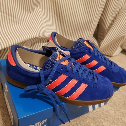 05f9ebdbef Adidas Dublin's, blue and orange size 7 Men's trainers been - Depop