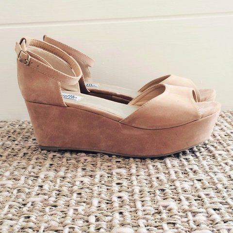 162e31a96399 Size 5 Truffle platform sandals from asos