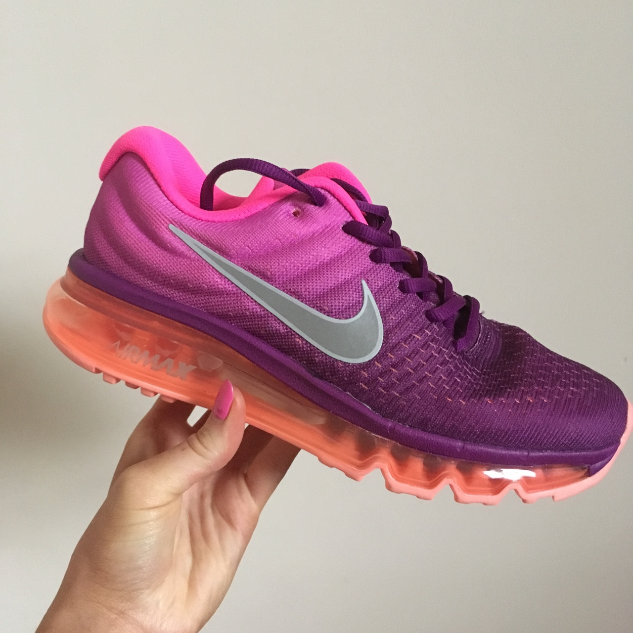 Nike air max trainers. Pink/purple
