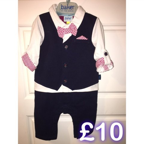 e37d8d575cc63b Ted baker suit Size - 0-3 Condition - worn once  baby - Depop