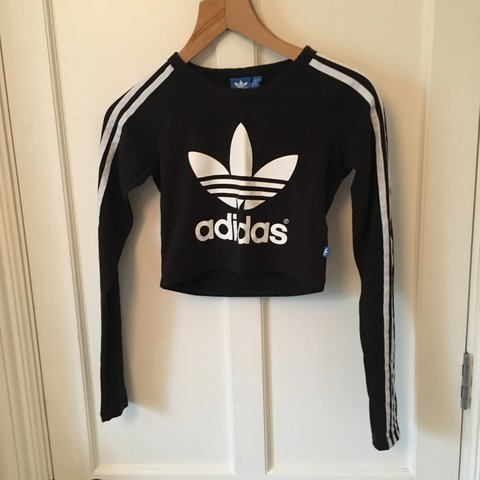 ee7dece1a5a8f Black and white cropped women s adidas top Size 6 (would fit - Depop