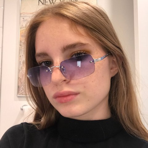 407d6e85085 Cute vintage early 2000s sunglasses with purple fade  y2k - Depop