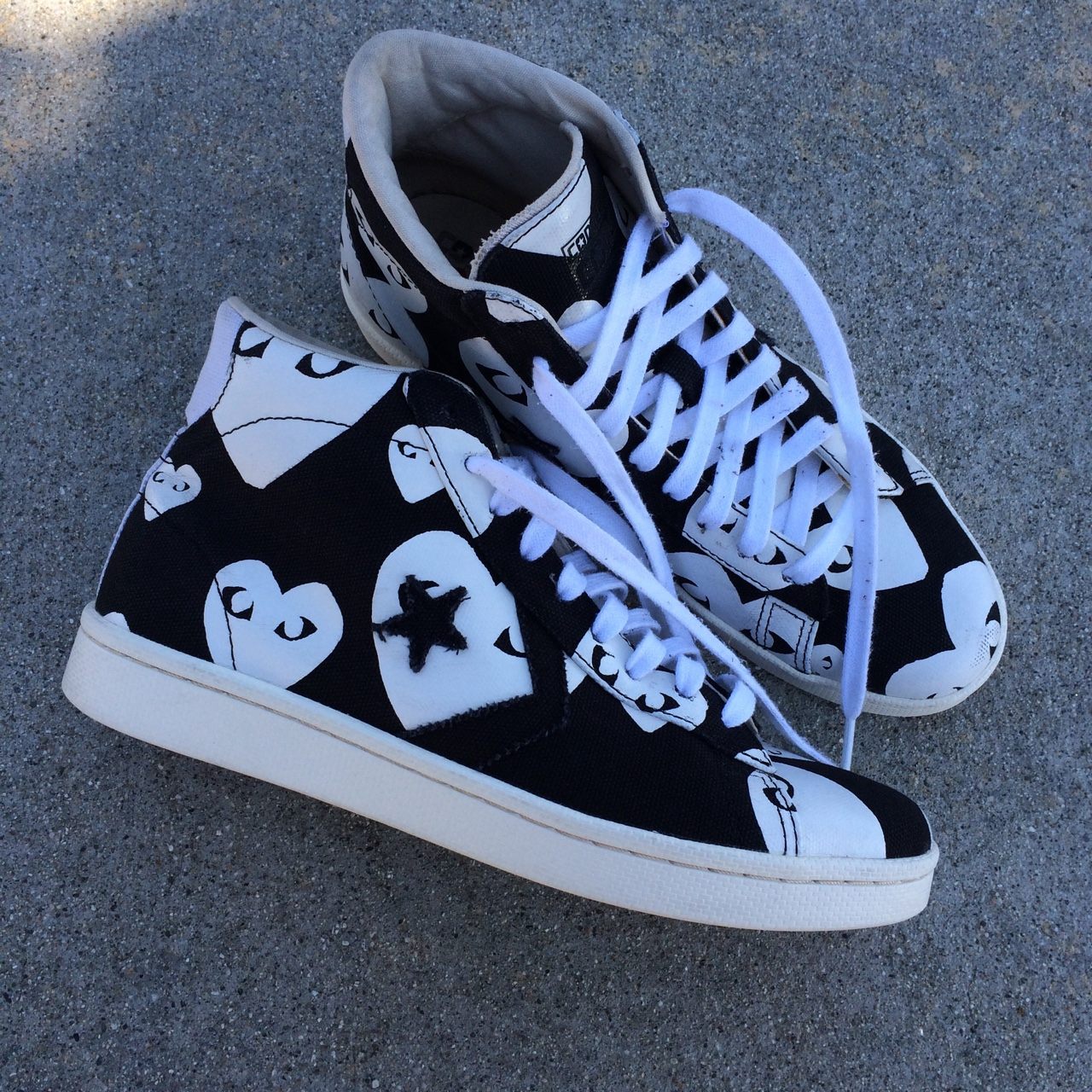 COMME DES GARCONS PLAY X CONVERSE PRO LEATHER HIGH.... - Depop