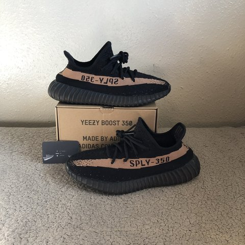 8776274f3c003 STEAL Yeezy 350 V2 Black   Copper Stripe UK 8 No insoles - Depop