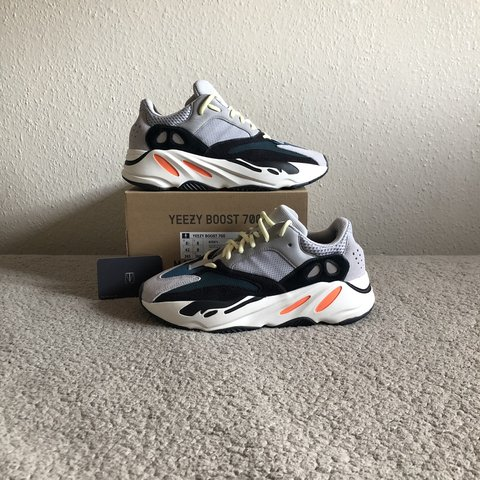 d44e1f047da  zact. in 8 hours. United Kingdom. Adidas Yeezy 700
