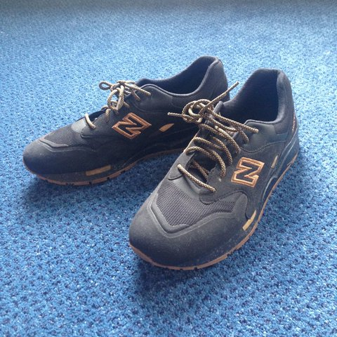 a415cf16b7c8 NEW BALANCE CM 1600 Limited Edition Black