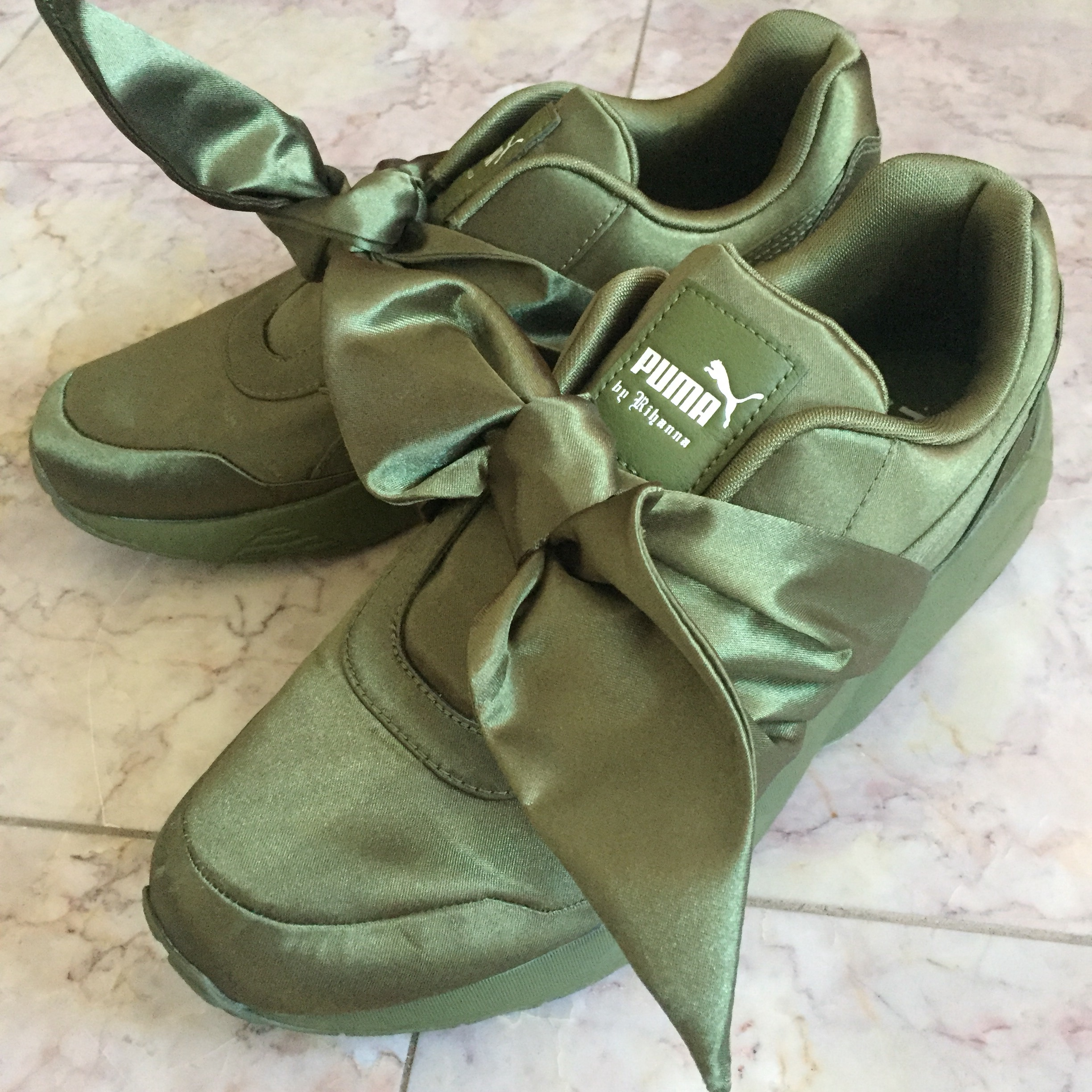 new product a268f 7feea Rihanna Fenty x Puma Olive Branch Bow Sneaker Shoes ...