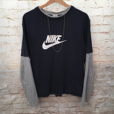 a35c13255e5531 Men s Vintage Nike Long Sleeved T Shirt   Size States Large - Depop