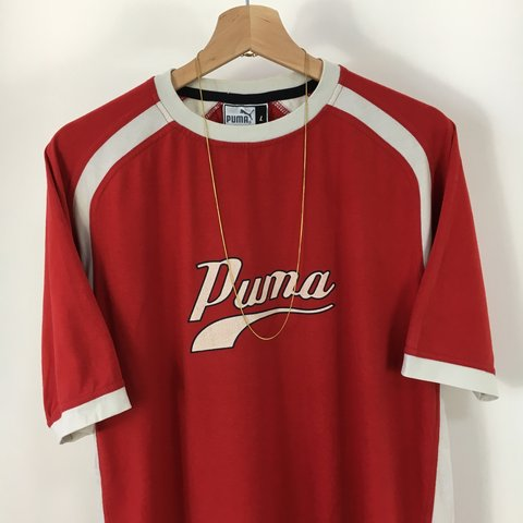 f79964d47d2 Men s Vintage Puma T Shirt   Size Large   Looks Sick 😍🔥   - Depop
