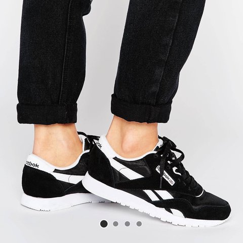 e16a5f65726 Reebok classic nylon trainers in black and white. Worn a old - Depop