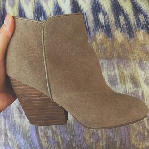 942fdb5c Beige suede booties from Urban Outfitters (Ecote brand). 5 a - Depop