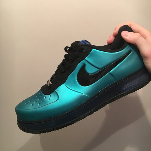 502bdb8f080b8 Nike Air Force 1 Low Foamposite • New Green • Small signs of - Depop