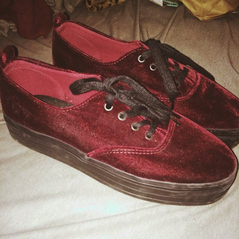 dc3e5d9975d3 darkish) red velvet platform shoes from divided by h m size - Depop