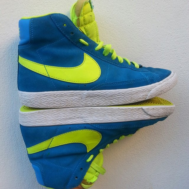 new product 9715d 17f04 lovetiffany. FollowingFollow. 4 years ago. Fantastiche Nike blazer azzurre  ...
