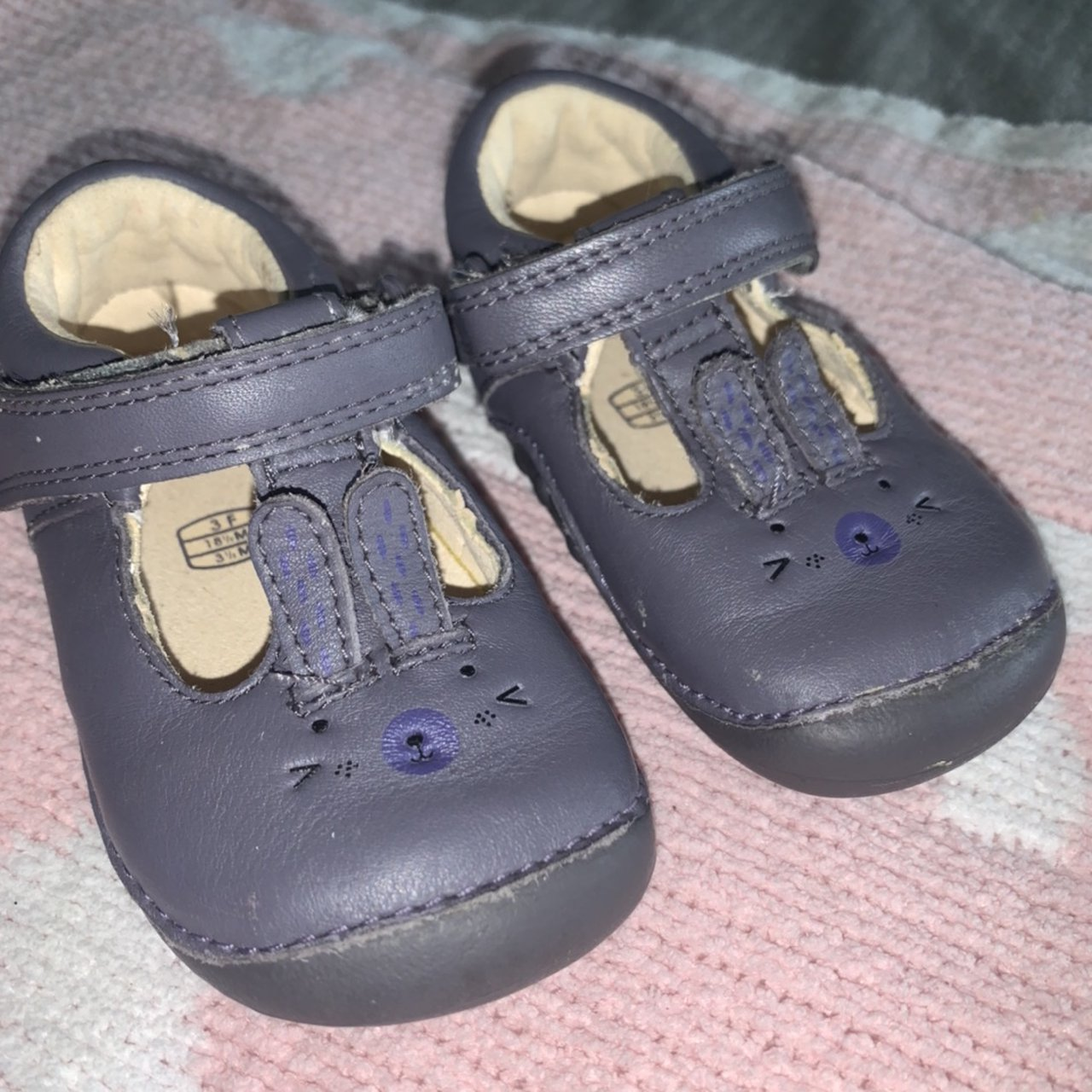 Baby girls Clark's size 3F infant shoes