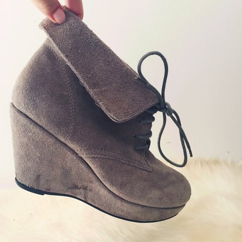 cb1580f4e03 Suede Steve Madden lace up wedges. Worn once