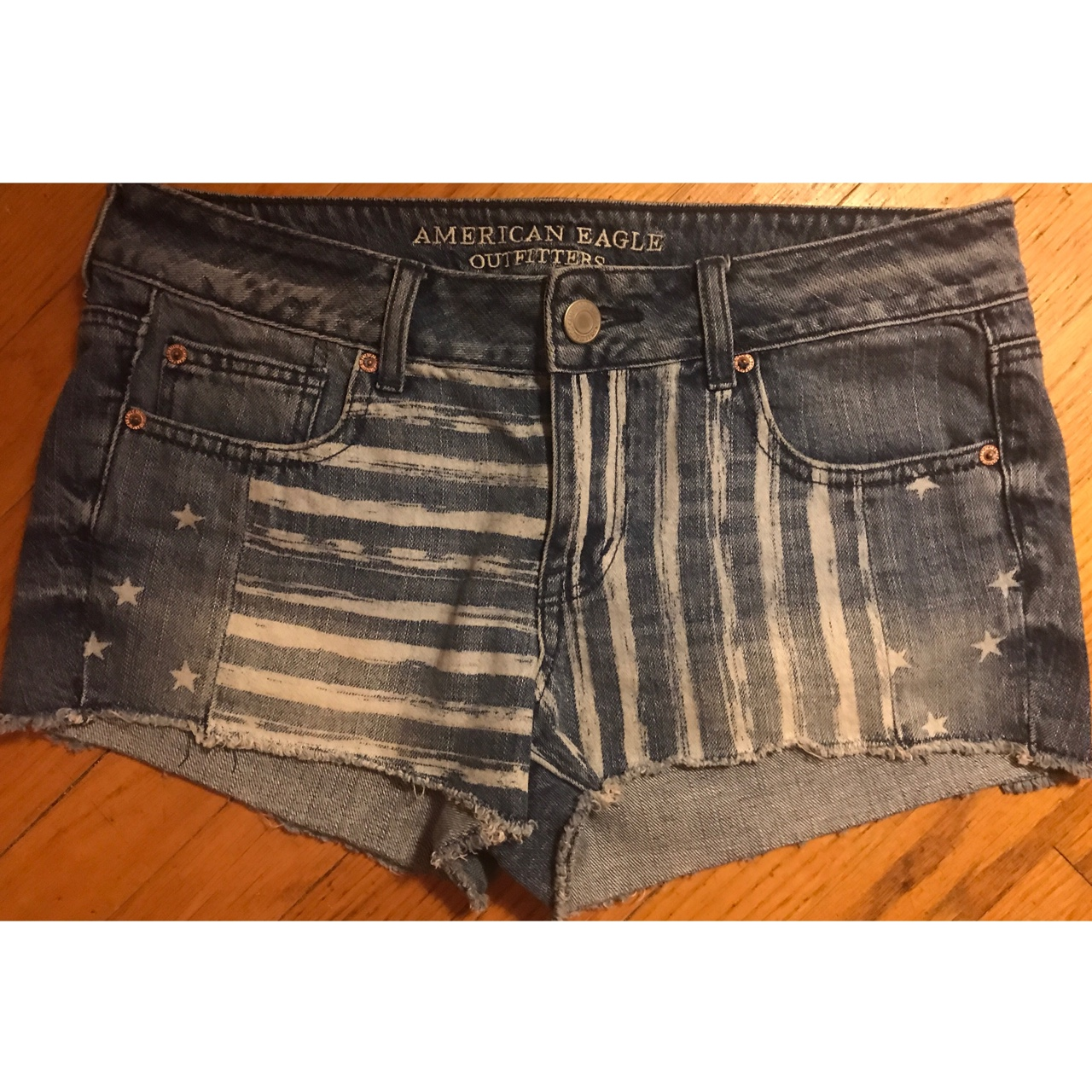 American Eagle shorts with American flag overlay    - Depop