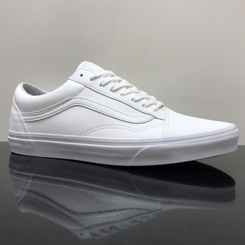 VANS OLD SKOOL CLASSIC TUMBLE TRUE WHITE Made from 100%   - Depop da5b03c58