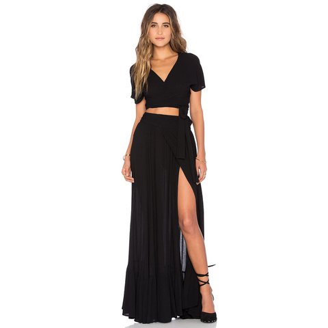 8e3bf0c98300 NWT Wildfox black wrap maxi skirt XS. Could easily fit a too - Depop