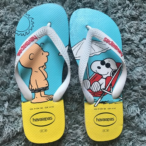 8d64f2ebb Size 39-40 Havaianas which equates to a size 6-7 UK size. a - Depop