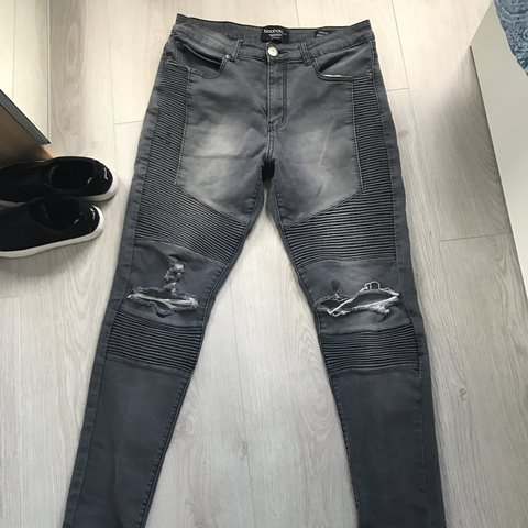 18d6ecd5819b @vhal. 2 years ago. Wythenshawe, United Kingdom. Men's skinny biker jeans  from boohoo ...