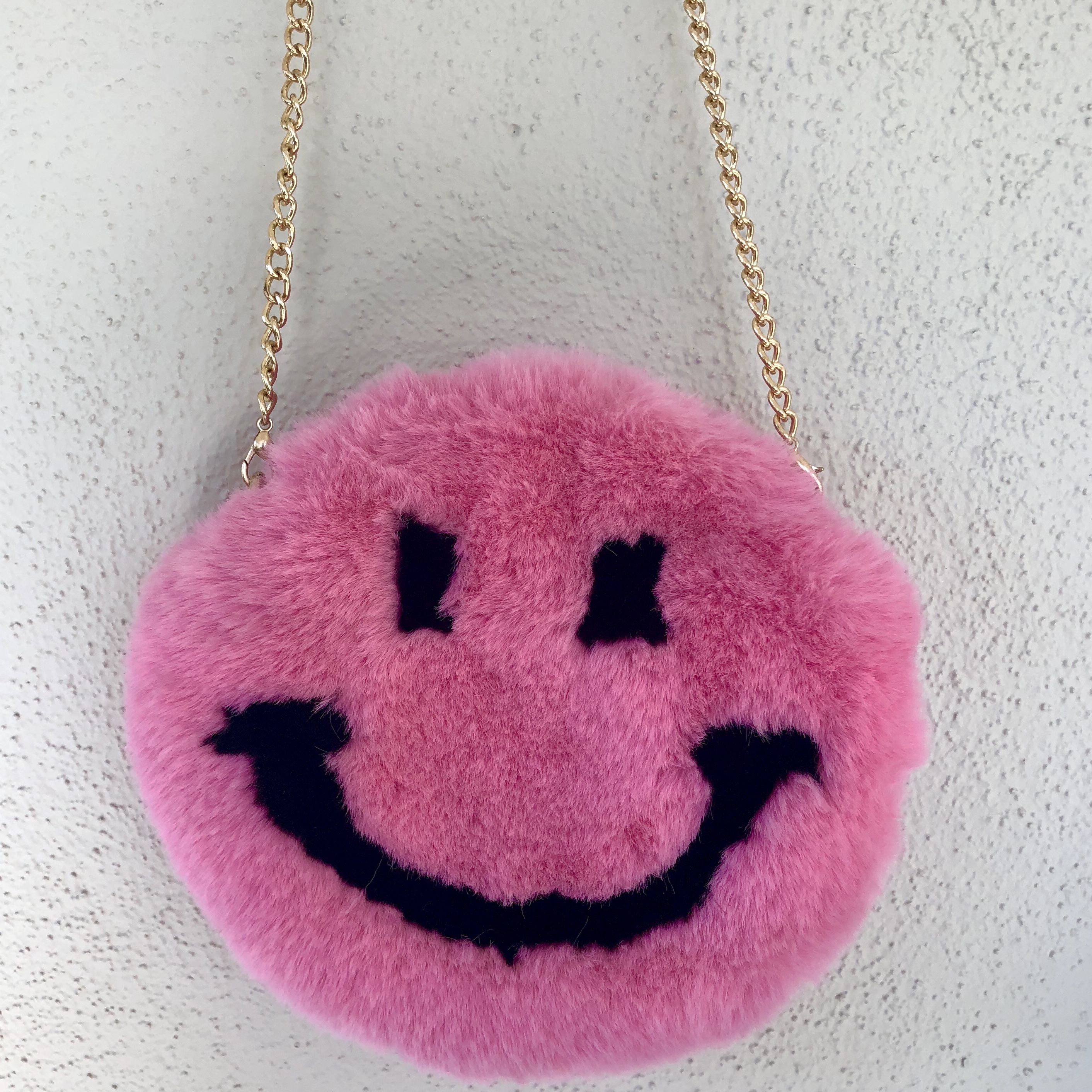 Fuzzy Pink Smiley Face Purse 👛 BRAND NEW CONDITION    - Depop