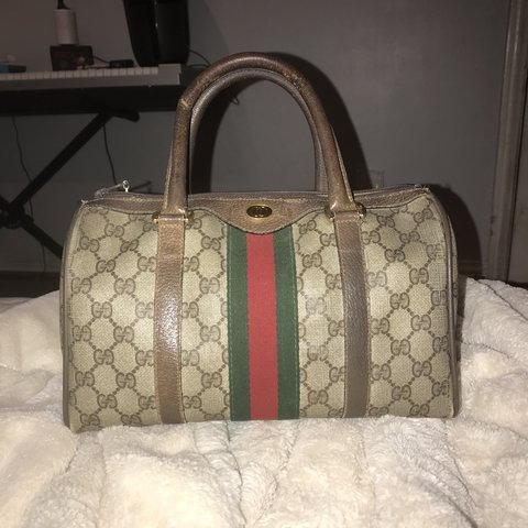 f0d0aa144d3f7b 100% AUTHENTIC VINTAGE GUCCI SPEEDY BAG IN BEAUTIFUL VINTAGE - Depop