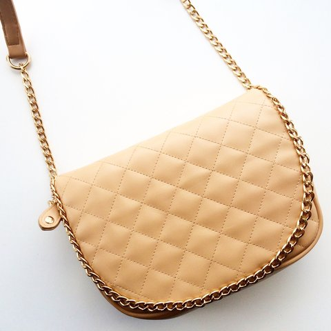 6451cf0c0cba PULL & BEAR QUILTED BEIGE SHOULDER BAG WITH GOLD CHAIN • £9 - Depop