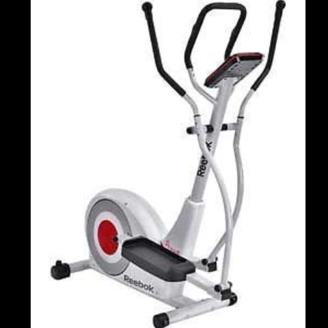d1eb4d94e1478a Reebok Pure+ Cross Trainer - hardly used - excellent Compact - Depop