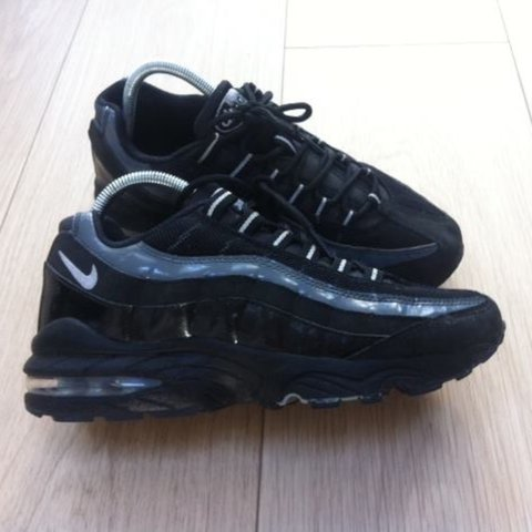 421dc69dac @rachvaughanxx. 3 years ago. Oldham, UK. Black Nike Air Max 95 Juniors ...