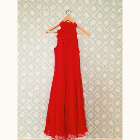 6e359b4c GORGEOUS red chiffon special occasion dress from zara. size - Depop