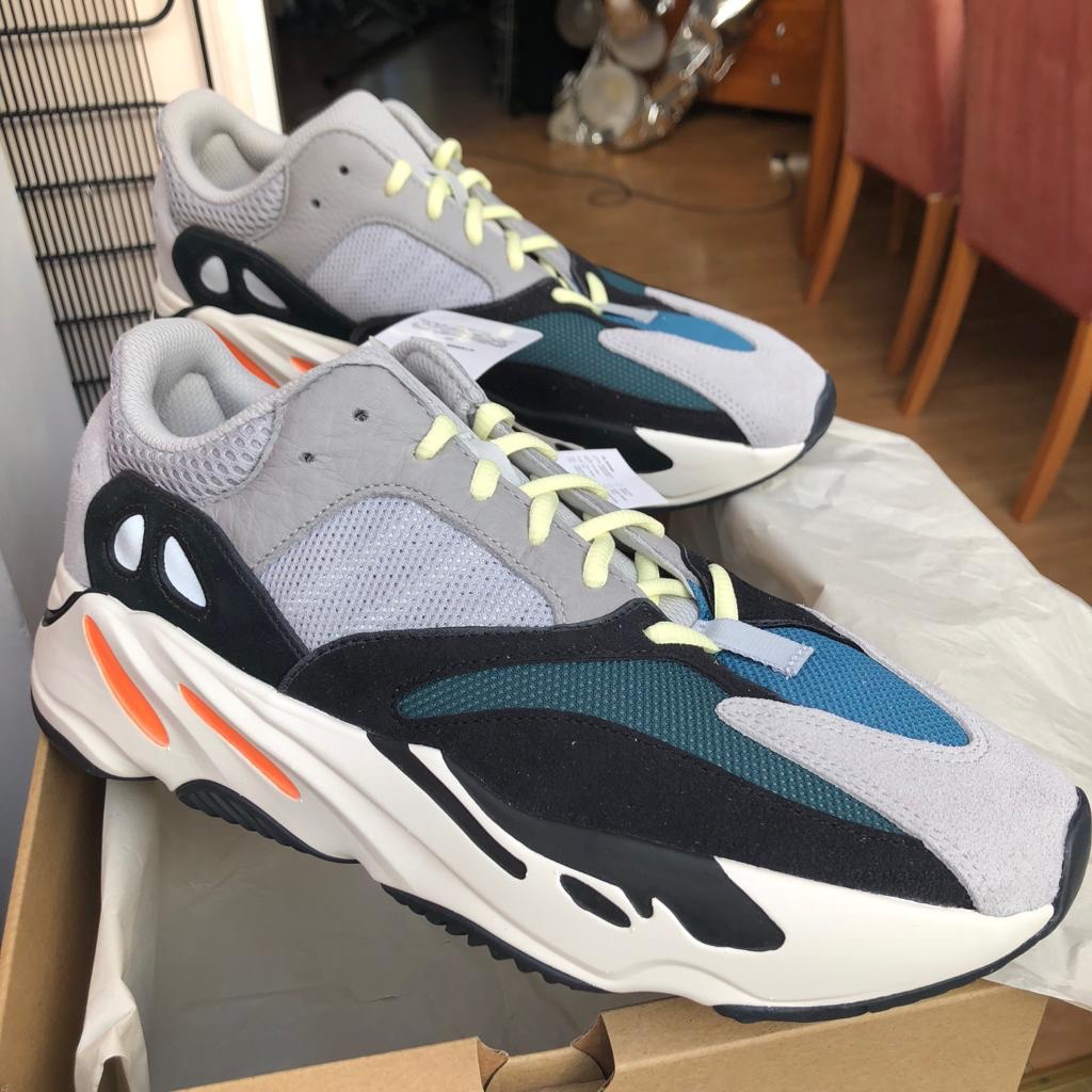 separation shoes 58f6f 7b492 Adidas Yeezy 700 Wave Runners UK10 Shoes are... - Depop
