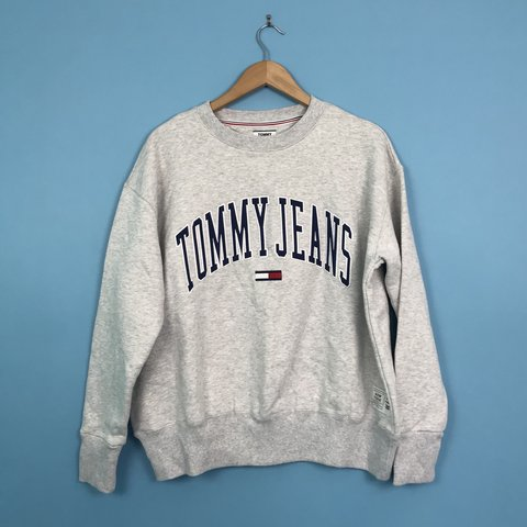 b9868ebd7 Tommy Jeans sweater. Bought from Urban Outfitters, this is L - Depop