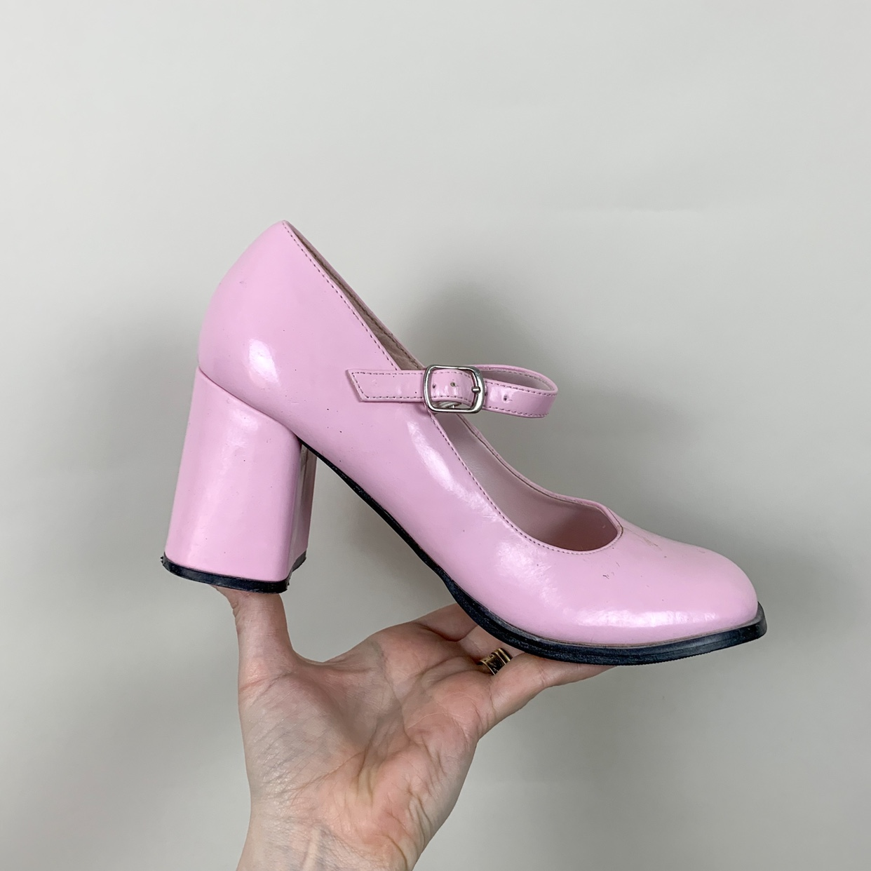 Vintage pink patent mary jane shoes