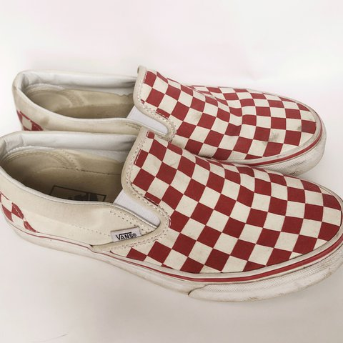 a8dc7a64e8c7 Red Checkered Vans Men s 6.5 Women 8 Worn in. A little on - Depop