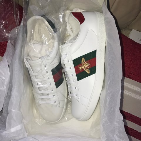 ccfd14ad0 BRAND NEW Gucci sneakers (never been worn) 100% Authentic of - Depop