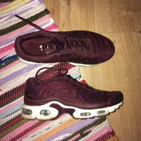 watch fed11 3400d Considering selling Nike TNs in burgundy, size 5.5,... - Depop