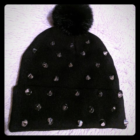 58c22adbb0b Nwot spiked winter hat Cute Fluffy - Depop
