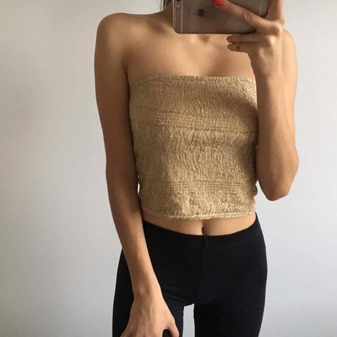 6f5c16524e Gold mesh strapless top • size 8 • 1st class postage in • is - Depop